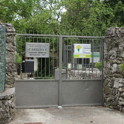 Entrance to the Carsiana Botanical Garden